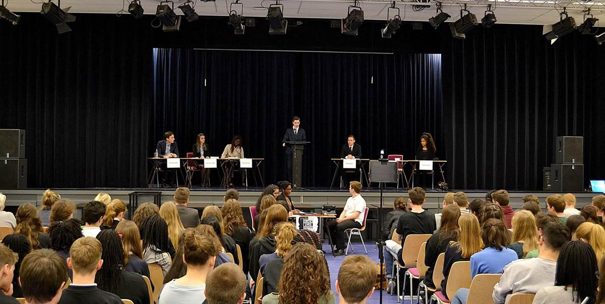 BSN Debate Inspires Constructive Exchange of Views
