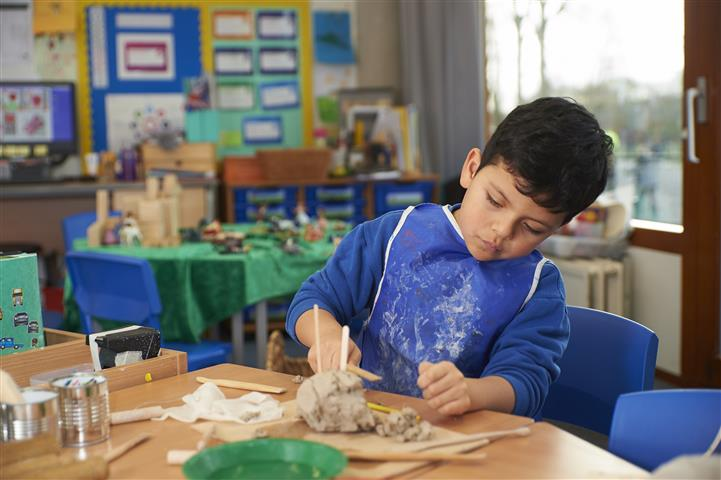 Why send your child to an international school at a young age?